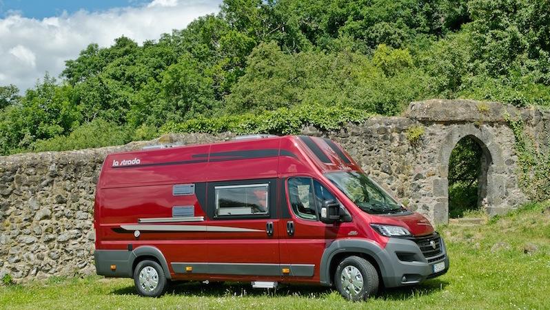 partez en famille avec la strada avanti f fourgon van. Black Bedroom Furniture Sets. Home Design Ideas