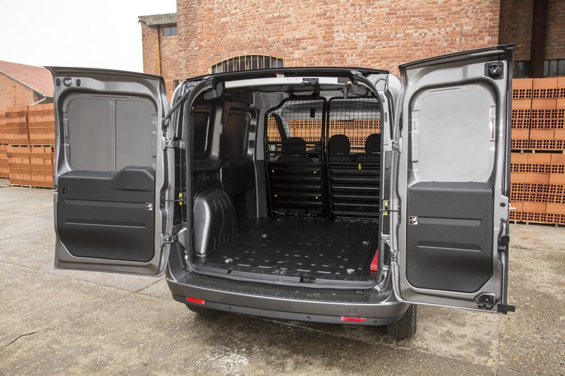 fiat doblo cargo 03 fourgon le site. Black Bedroom Furniture Sets. Home Design Ideas