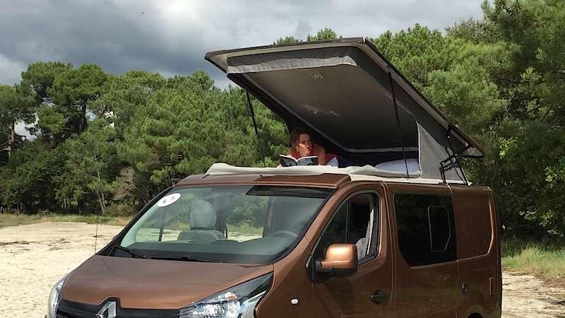 un nouveau toit relevable pour l 39 horizon van fourgon le site. Black Bedroom Furniture Sets. Home Design Ideas