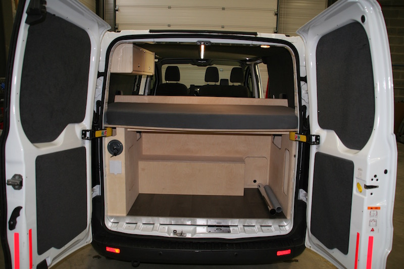 r 39 cam sur ford transit custom efficace et convivial. Black Bedroom Furniture Sets. Home Design Ideas