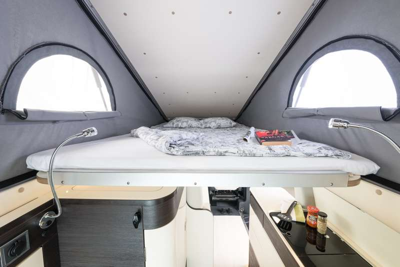 fleurette accueille les westfalia jules verne et kepler fourgon van. Black Bedroom Furniture Sets. Home Design Ideas