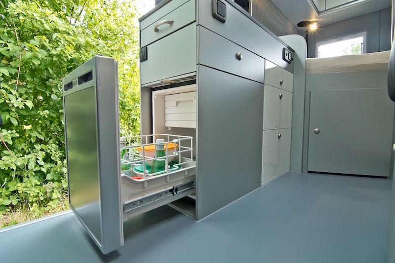 fourgon am nag tendance 2017 des frigos plus accessibles fourgon van. Black Bedroom Furniture Sets. Home Design Ideas
