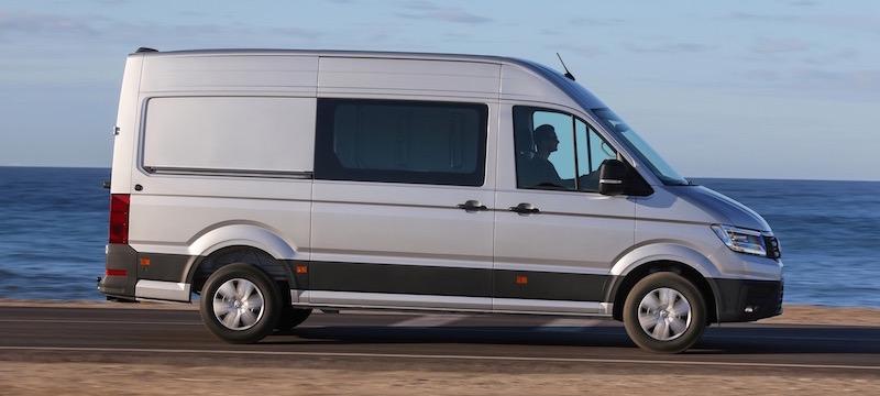 nouveau volkswagen crafter de r elles ambitions fourgon van. Black Bedroom Furniture Sets. Home Design Ideas