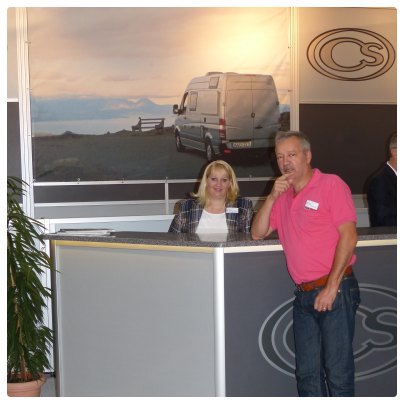 Pierre Debacq en compagnie de Laura Oltmanns, responsable de CS Reisemobile