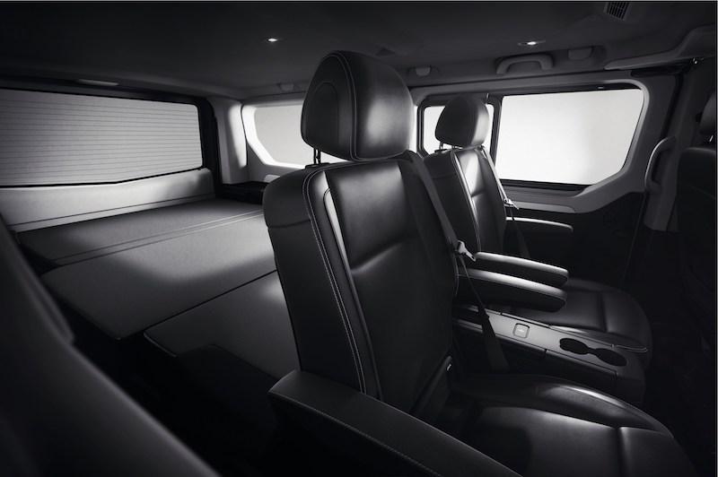 renault spaceclass escapade la version loisirs se d voile fourgon van. Black Bedroom Furniture Sets. Home Design Ideas