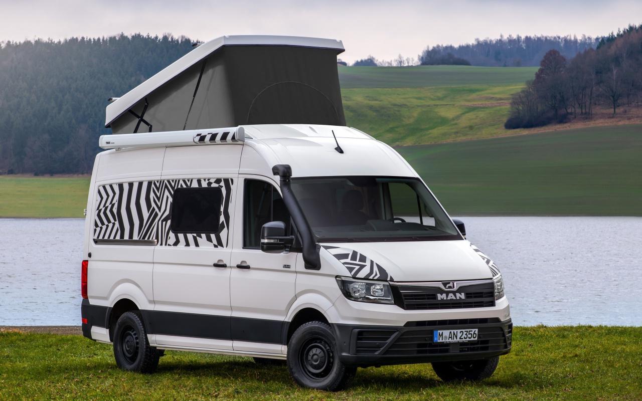 deux tudes sur fourgon man au salon de stuttgart fourgon van. Black Bedroom Furniture Sets. Home Design Ideas